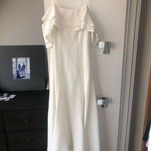 Beautiful white dress, worn once, comfortable